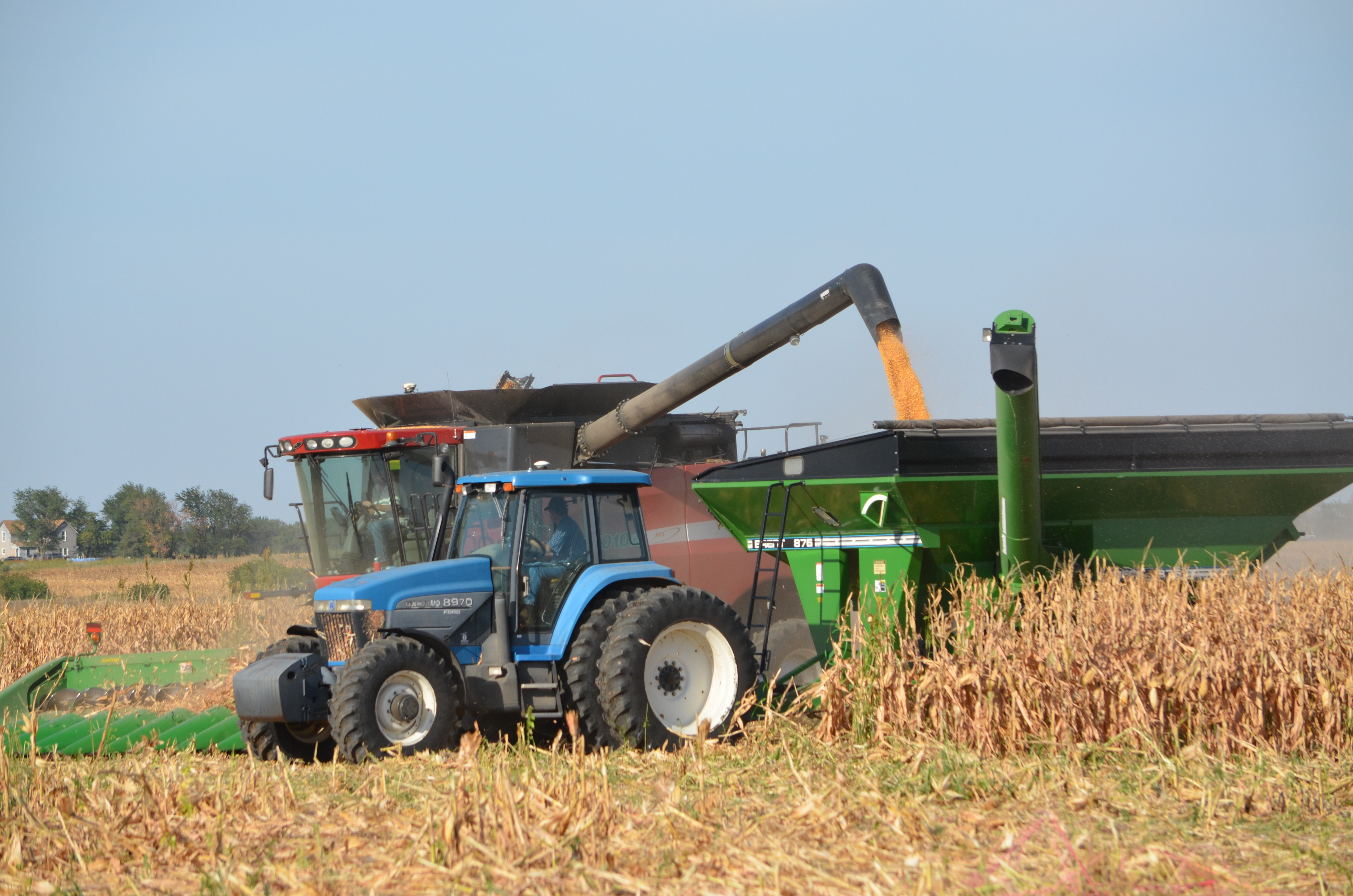 tractor harvesting corn coloring pages - photo#34